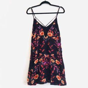 ecote Purple Black Motif Floral CrissCrossed Dress